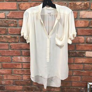 WILFRED Aritzia Silk HiLow Short Sleeve Blouse Top